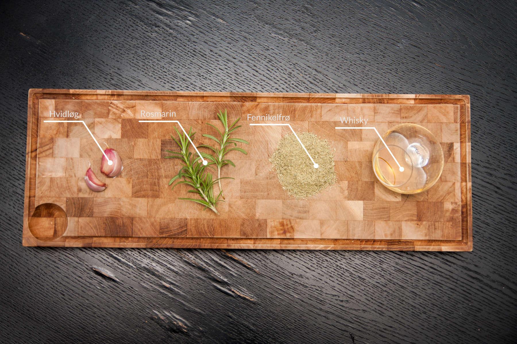 Rosmarin, hvidløg, fennikelfrø og whisky